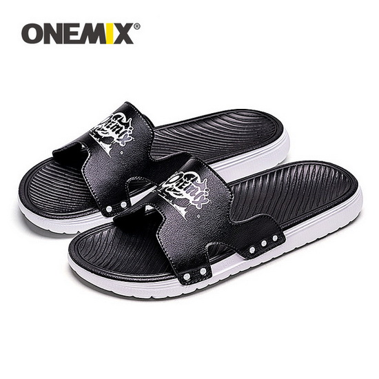 Black/White Outdoor Summer Shoes ONEMIX Beach Men's Sandals